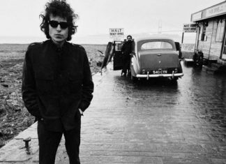 Blowin' in the Wind-Bob Dylan