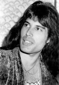 Freddie Mercury-09