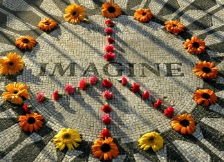 JOHN LENNON.....IMAGINE